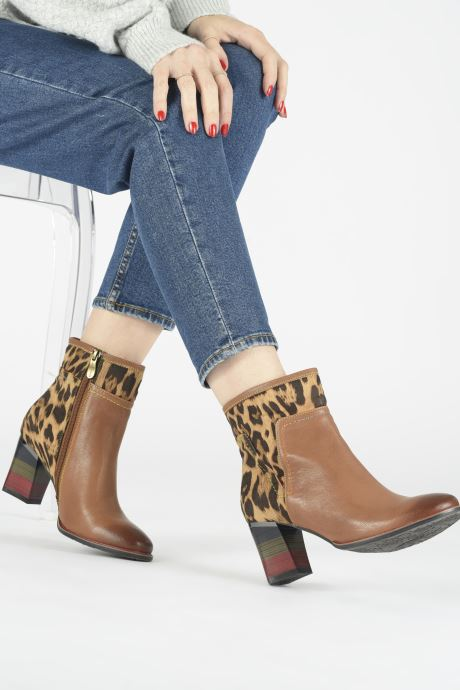 Ankle boots Laura Vita GECEKO 01 Brown view from underneath / model view