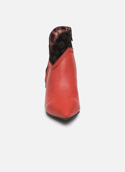Bottines et boots Laura Vita GECNIEO 03 Rouge vue portées chaussures