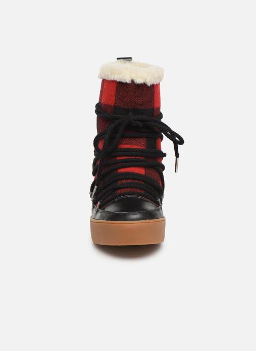 Bottines et boots Shoe the bear TRISH CHECK WOOL Rouge vue portées chaussures