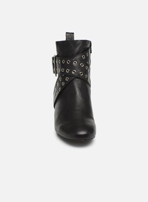 Bottines et boots Shoe the bear AYA BUCKLE L Noir vue portées chaussures