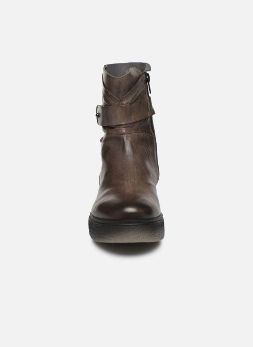 Bottines et boots Khrio 10661 CLARA Gris vue portées chaussures