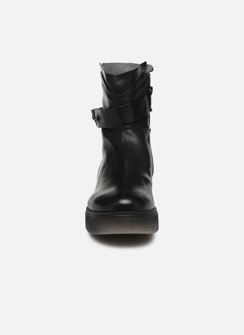 Bottines et boots Khrio 10661 CLARA Noir vue portées chaussures