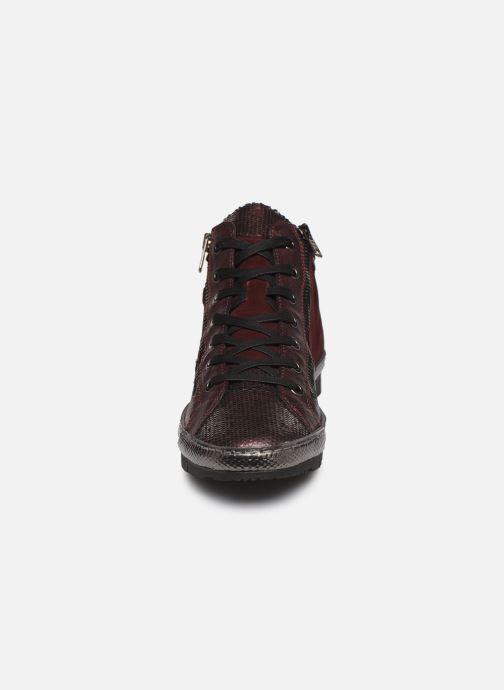 Baskets Khrio 10604K Bordeaux vue portées chaussures