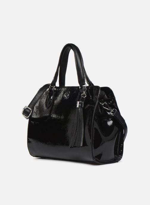 Handtaschen Tamaris MAGDA Handbag schwarz schuhe getragen