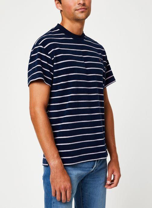 Vêtements Farah F4KF9046 Bleu vue droite
