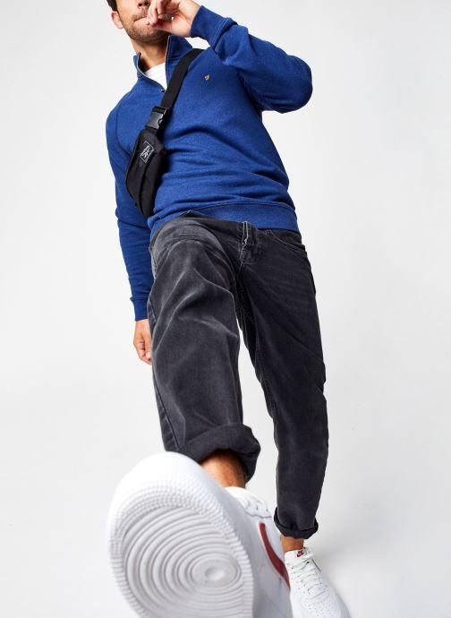 Vêtements Farah F4KS80H3 Bleu vue bas / vue portée sac