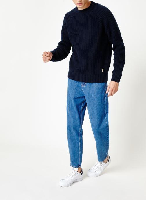 Vêtements Armor Lux Pull Col Rond Héritage Bleu vue bas / vue portée sac