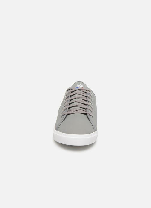 Baskets Le Coq Sportif Verdon Premium Gris vue portées chaussures