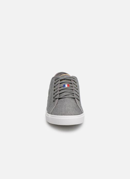 Baskets Le Coq Sportif Verdon Denim Gris vue portées chaussures