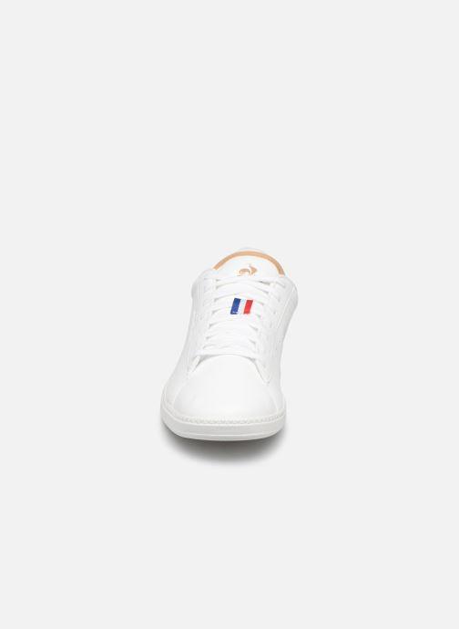 Baskets Le Coq Sportif Courtstar Winter Blanc vue portées chaussures