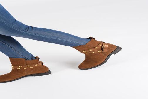 Bottines et boots See by Chloé Neo Janis Marron vue bas / vue portée sac