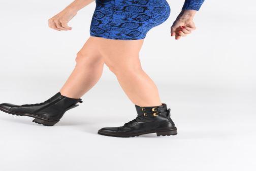 Bottines et boots See by Chloé Mallory Boot Noir vue bas / vue portée sac