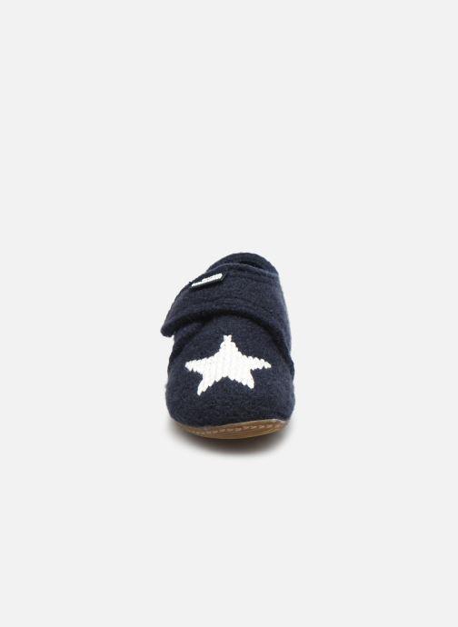 Chaussons Living Kitzbühel 3216 Bleu vue portées chaussures