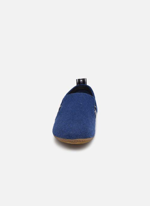 Chaussons Living Kitzbühel 3645 Bleu vue portées chaussures