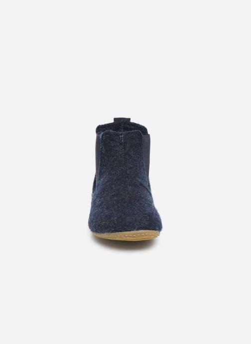 Hausschuhe Living Kitzbühel 3064 blau schuhe getragen