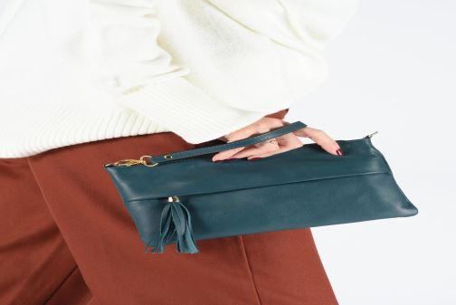 Bolsos de mano Georgia Rose Nogaro Leather Verde vista de abajo