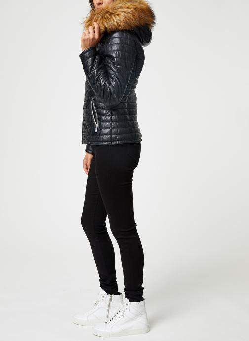Vêtements Oakwood FURY Noir vue bas / vue portée sac