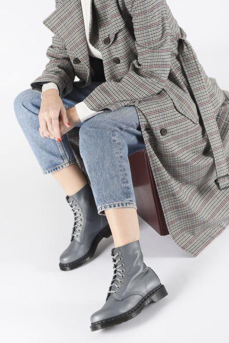 Bottines et boots Dr. Martens 1460 Pascal Metallic Argent vue bas / vue portée sac