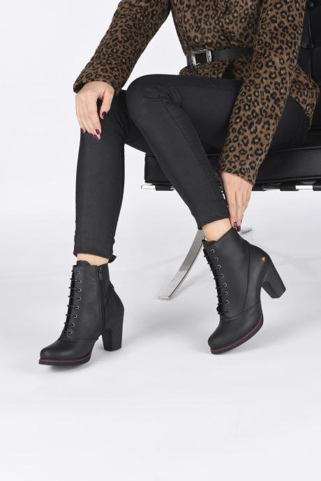 Stiefeletten & Boots Art GRAN VIA 1146 schwarz ansicht von unten / tasche getragen