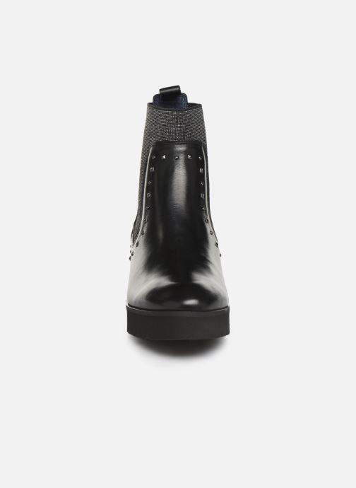 Stivaletti e tronchetti PintoDiBlu 82000 Nero modello indossato