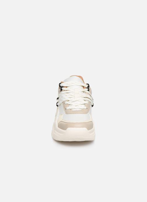 Baskets Victoria Totem Blanc vue portées chaussures