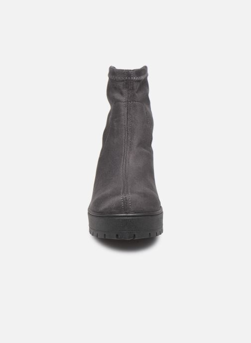 Bottines et boots Victoria Atalaia Antelina Elastic Gris vue portées chaussures