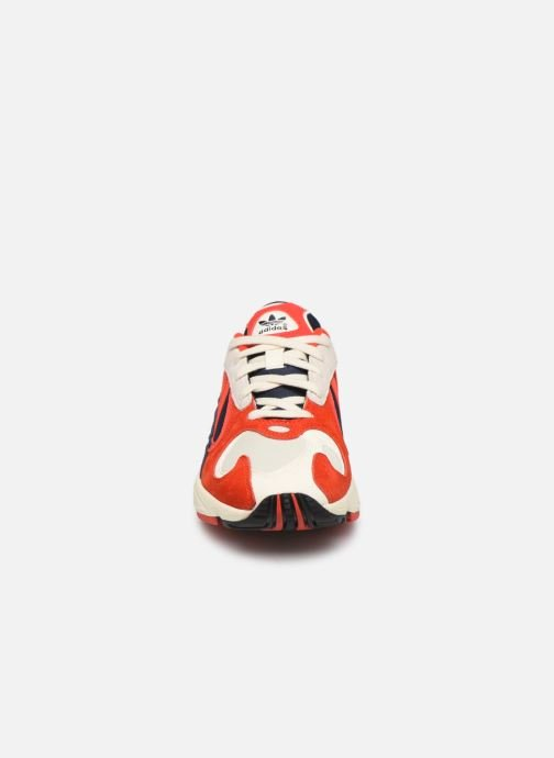 Trainers adidas originals Yung-1 W Red model view