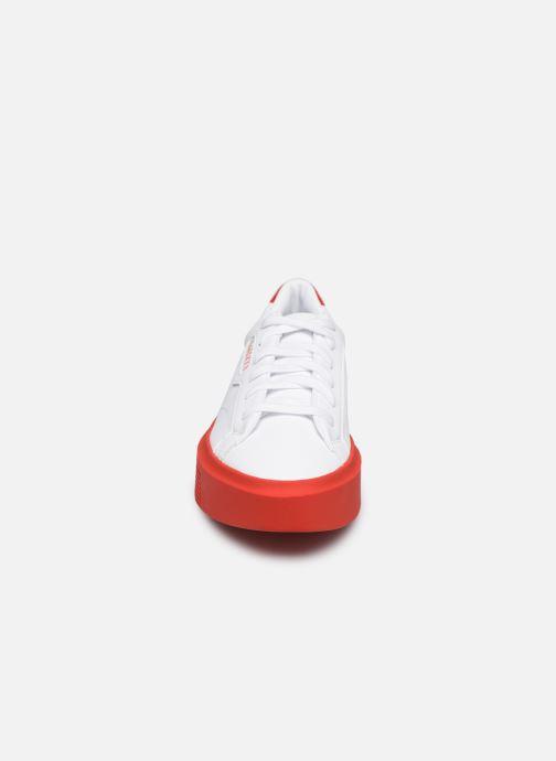 Baskets adidas originals Adidas Sleek Super W Blanc vue portées chaussures