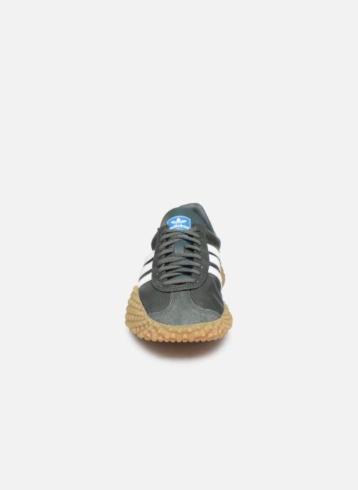 Sneakers adidas originals Countryxkamanda Verde modello indossato
