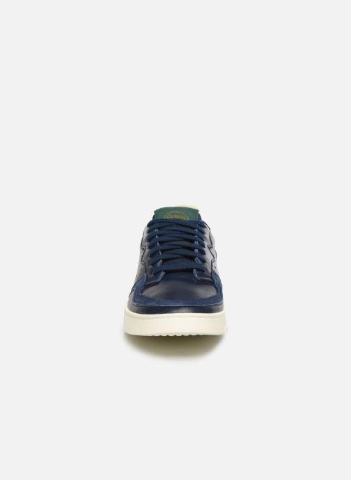 Sneaker adidas originals Supercourt blau schuhe getragen