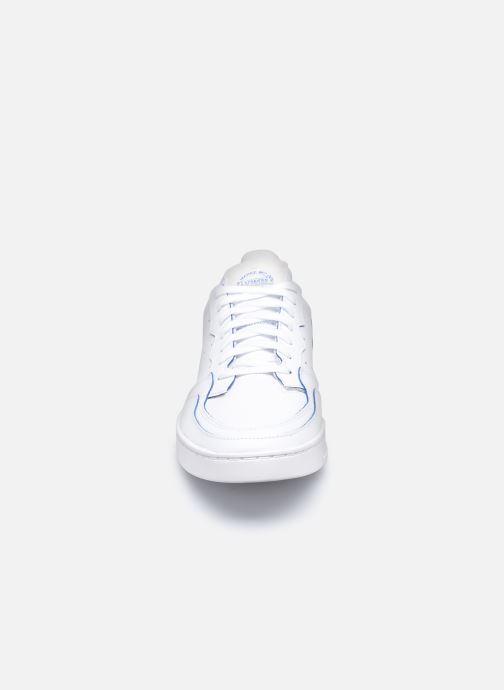 Baskets adidas originals Supercourt Blanc vue portées chaussures
