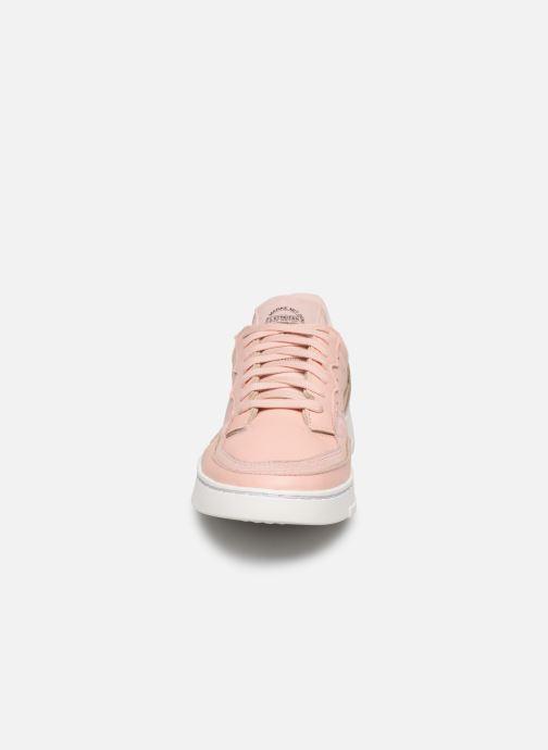 Baskets adidas originals Supercourt W Rose vue portées chaussures