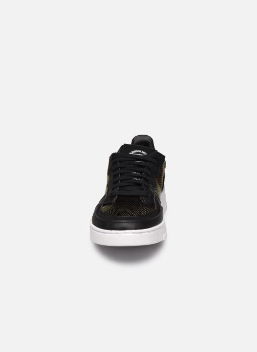 Baskets adidas originals Supercourt W Noir vue portées chaussures