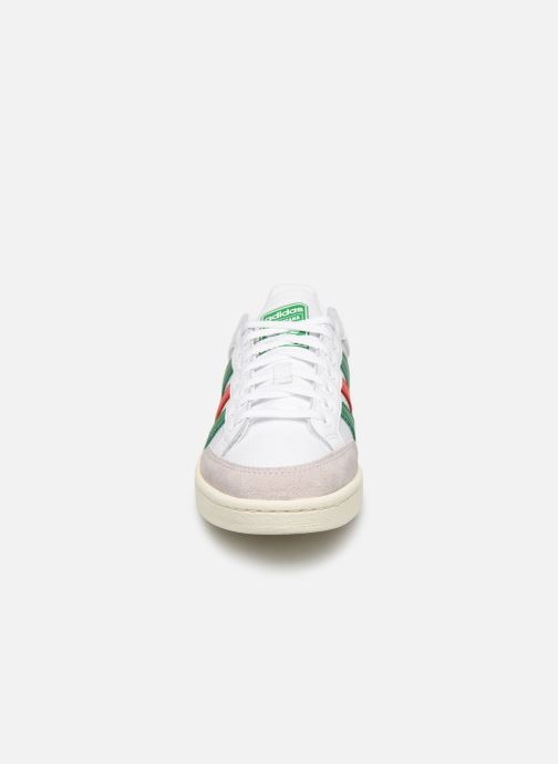 Trainers adidas originals Americana Low White model view