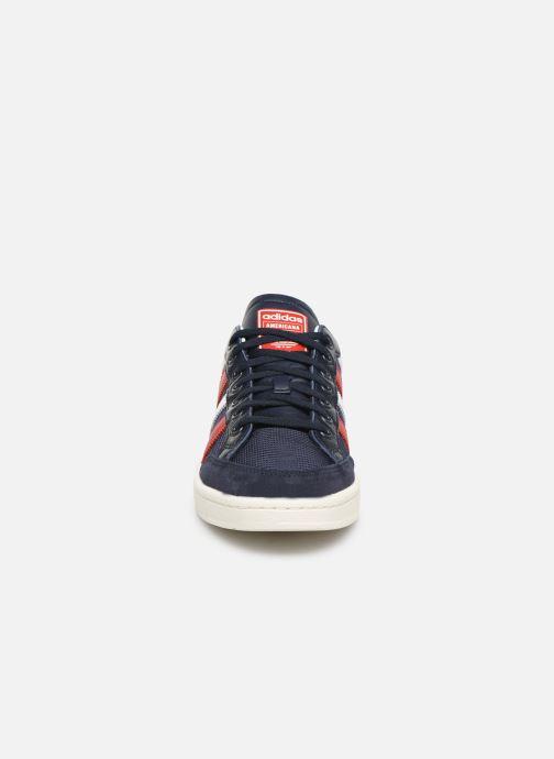 Baskets adidas originals Americana Low Bleu vue portées chaussures