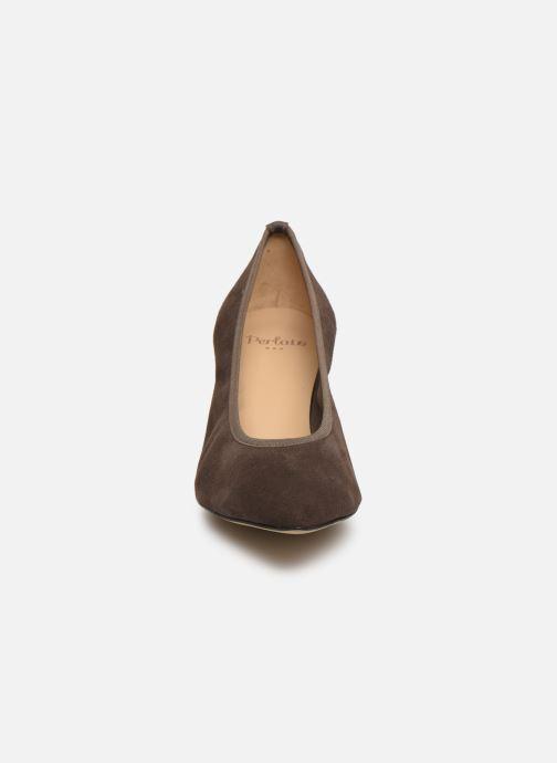 Escarpins Perlato 9330 Marron vue portées chaussures