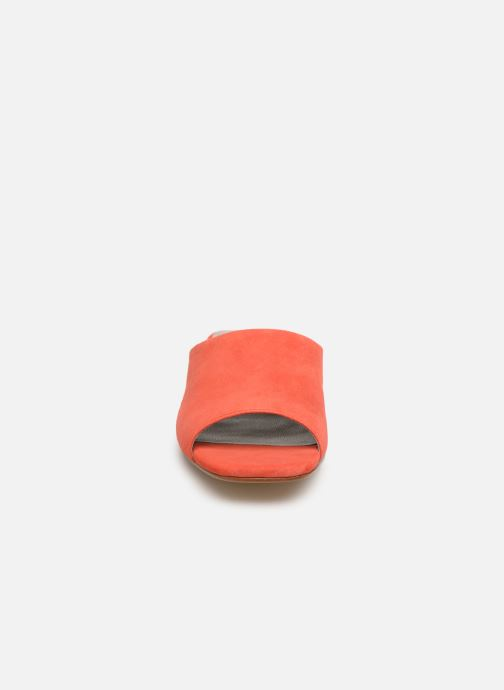 Zuecos Vagabond Shoemakers Becky 4508-040 Naranja vista del modelo
