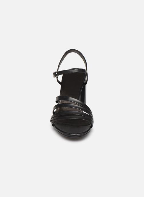 Sandales et nu-pieds Vagabond Shoemakers Cherie 4539-001 Noir vue portées chaussures