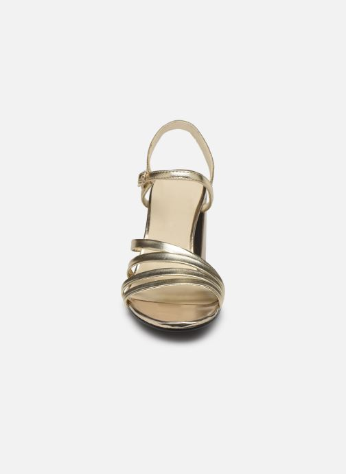 Sandalias Vagabond Shoemakers Cherie 4539-083 Oro y bronce vista del modelo