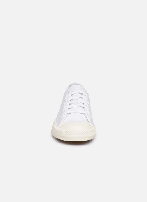 Baskets adidas originals Nizza RF W Blanc vue portées chaussures