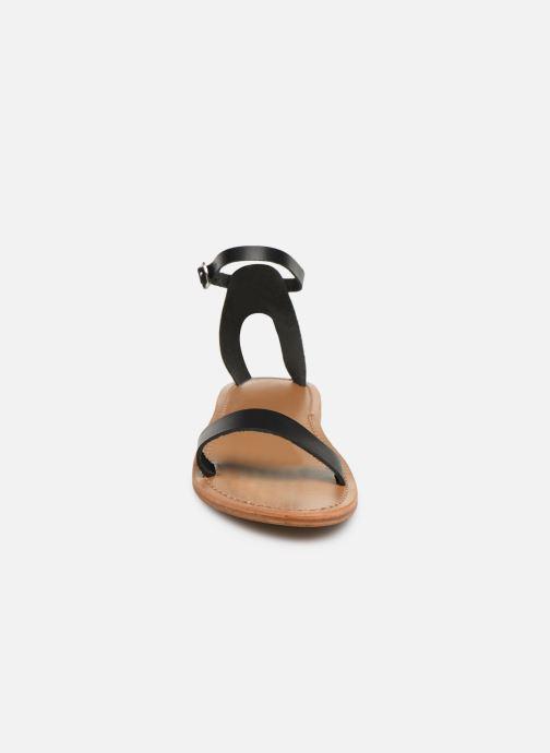 Sandali e scarpe aperte White Sun Cavaliers Nero modello indossato