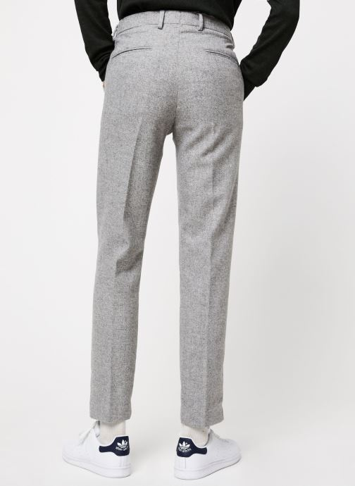 Vêtements Scotch & Soda STUART- Classic winter chino in wool-blend quality with neps Gris vue portées chaussures