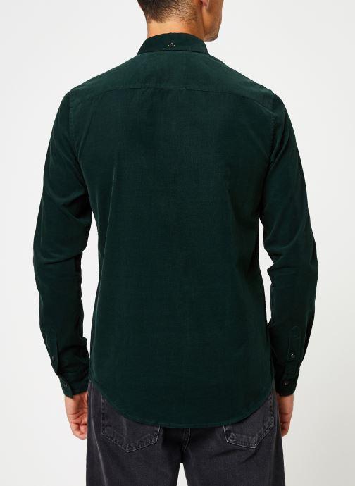 Vêtements Scotch & Soda REGULAR FIT - Clean Chic corduroy shirt Vert vue portées chaussures