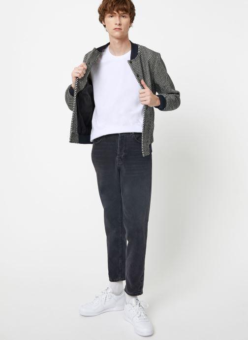 Vêtements Scotch & Soda Cotton tee with wider neck rib Blanc vue bas / vue portée sac