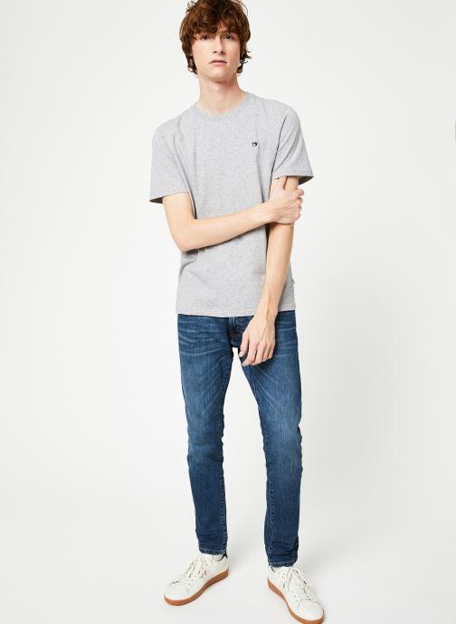 Vêtements Scotch & Soda Cotton tee with wider neck rib Gris vue bas / vue portée sac