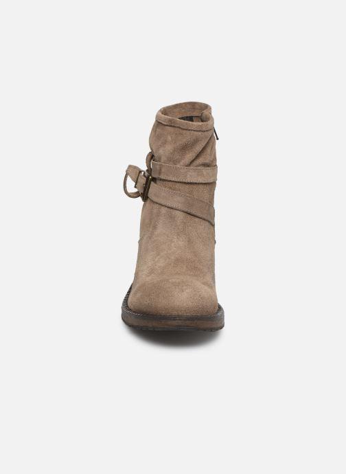 Bottines et boots Sweet Lemon EDWENA Beige vue portées chaussures