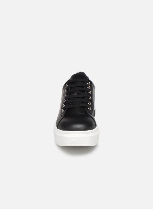 Sneakers Sweet Lemon BISTRO Nero modello indossato