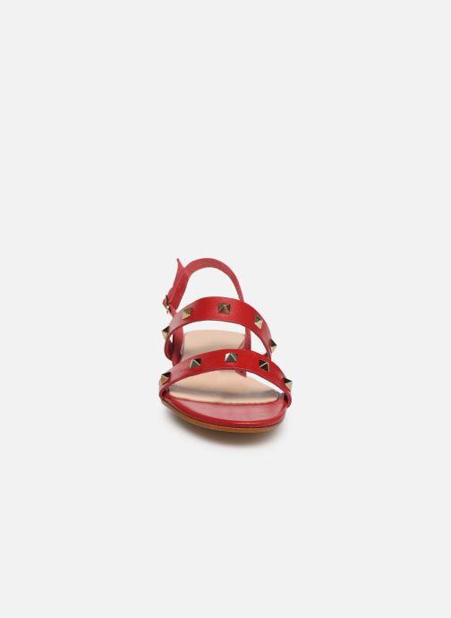 Sandalen Bluegenex B-2252 rot schuhe getragen