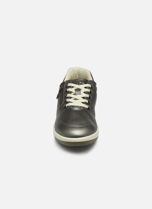 Sneakers TBS Made in France Danzips Argento modello indossato