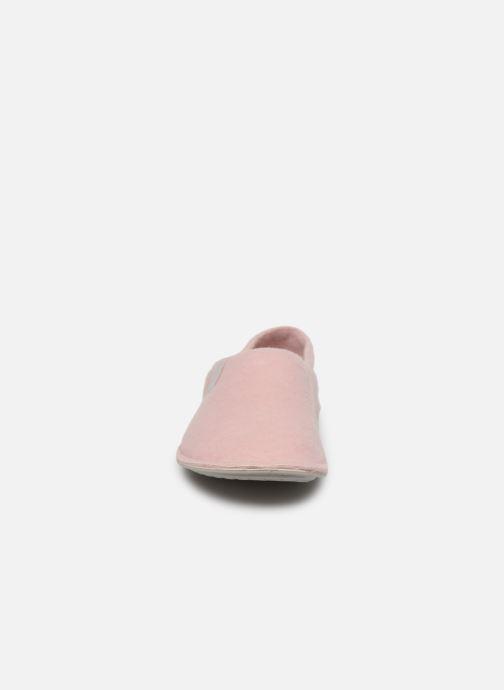 Pantuflas Crocs Classic Convertible Slipper W Rosa vista del modelo